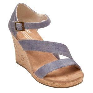 TOMS Clarissa Slate Blue Twill Wedge Size 8.5